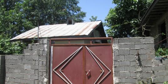 فروش ویلای باغ روستایی ۷۰۰ متری در حومه زیباکنار(کد ۶۰۴)