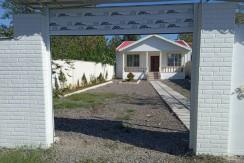 فروش ویلا باغ 440 متری در حومه خشک بیجار فوشوم (کد126)