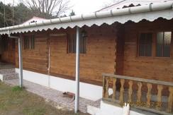 اجاره سوئیت های چوبی در بندرکیاشهر پارک جنگلی (۱۲۱۰)