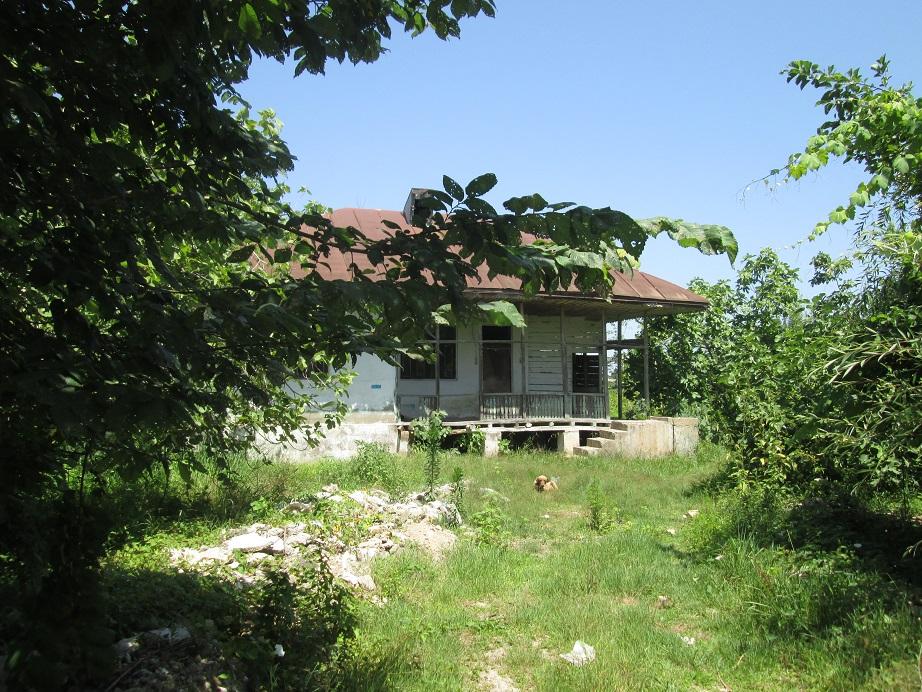 فروش زمین ۵۰۰۰ به همراه بنای کلنگی(کد ۶۰۶)