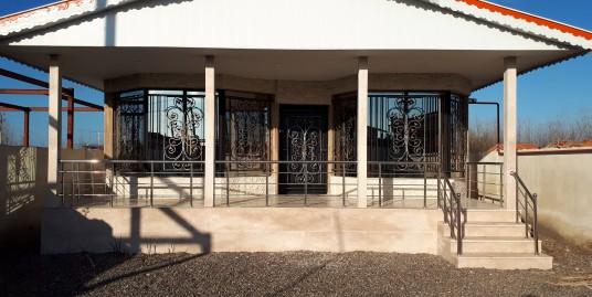 ویلا ۲۸۰ متری نوساز در زیباکنار(کد:۷۰۰)