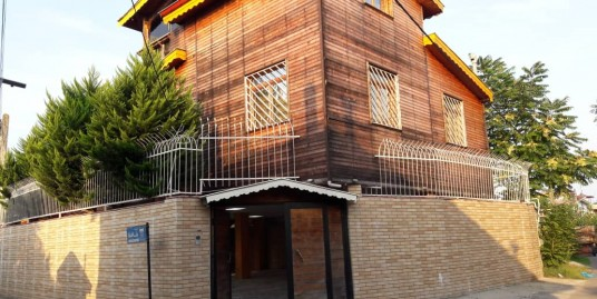 فروش ویلای چوبی دید دریا در زیباکنار(کد129)